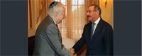 Presidente Medina se reúne con el sociólogo argentino Bernardo Kliksberg